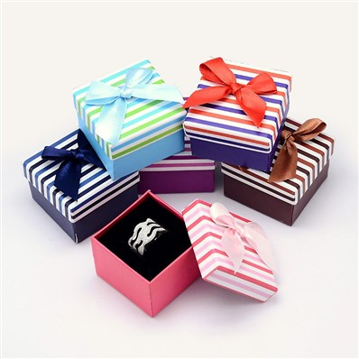 Bi-Color Square with Stripe Pattern Cardboard Ring Boxes, with Sponge